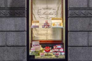 Pasticceria Marchesi_Monte Napoleone_vetrina S. Valentino_03
