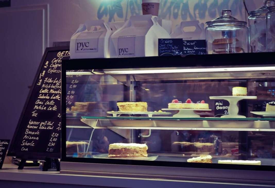 cake-1241413_1920